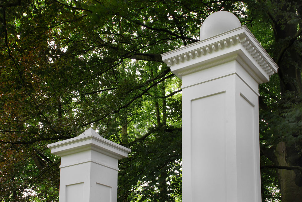 entrance kit for sculpture garden